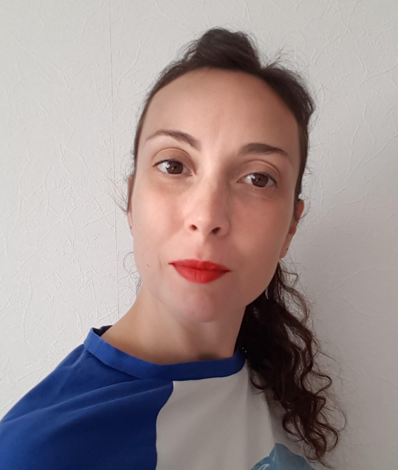 Céline atelier de portage, massage parent-bébé, femme enceinte et communication bienveillante